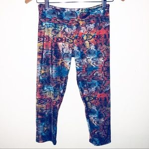 Onzie cropped leggings size S/M